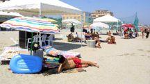 Spiaggia libera di fronte alla Santa Monica