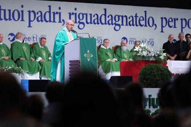 La messa che ha inaugurato la 38esima edizione del Meeting (foto Petrangeli)