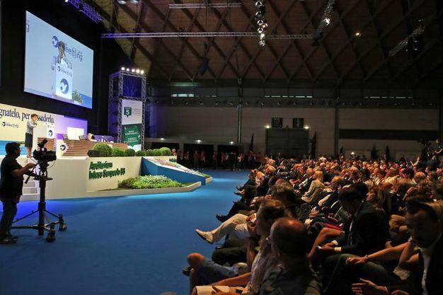 Il pubblico dell'auditorium dove si è tenuto il dibattito a cui ha partecipato Gentiloni (foto LaPresse)