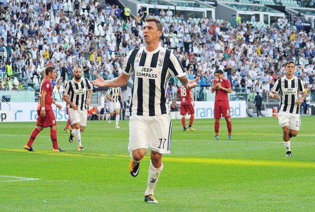 Juventus-Cagliari 1-0, Mandzukic (Ansa)