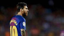Leo Messi, con la maglia per il ricordo dell'attentato a Barcellona