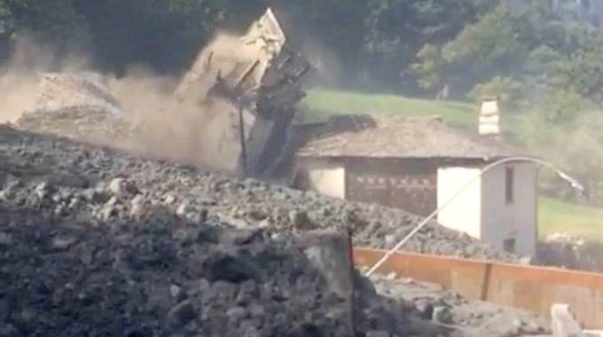 La frana in Val Bregaglia (Orlandi)