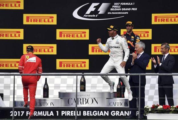 L'esultanza di Lewis Hamilton (Ansa)