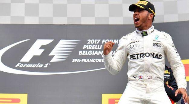 L'esultanza di Lewis Hamilton (Afp)