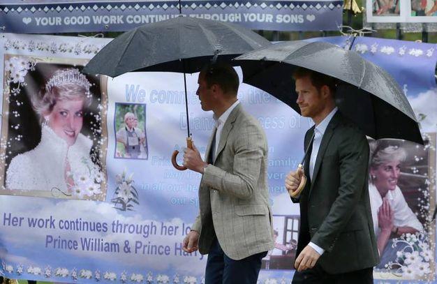 Il memoriale per i 20 anni dalla morte di Diana (Afp)