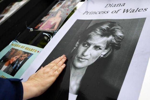 Il memoriale per i 20 anni dalla morte di Diana (Ansa)