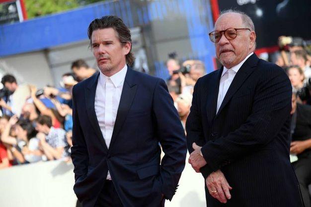 Ethan Hawke e il regista Paul Schrader (Lapresse)