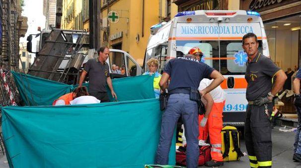 Incidente via Vittorio Veneto a Lucca