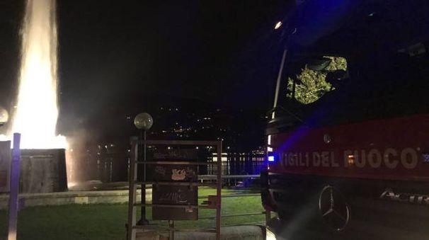 L'area di fronte alla fontana di Villa Geno dov'è stata trovata la bomba