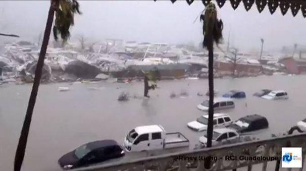 La furia di Irma nell'isola caraibica di Saint Martin (Afp)