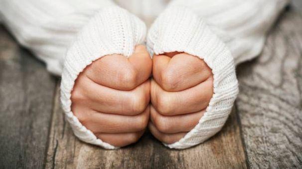 Come curare le mani screpolate - Foto: iStock