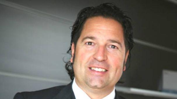L'imprenditore lucchese Mauro Celli ha deciso di partire da Miami e di rifugiarsi in un albero di Orlando