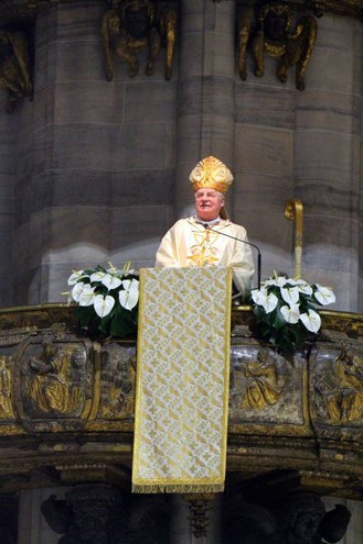 Ultima messa in Duomo dell'arcivescovo Scola (Newpress)