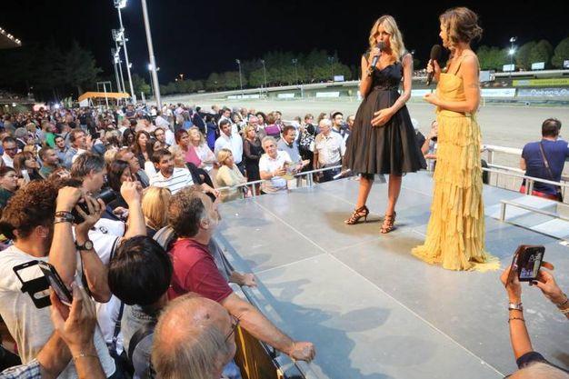 Lo show (foto Ravaglia)