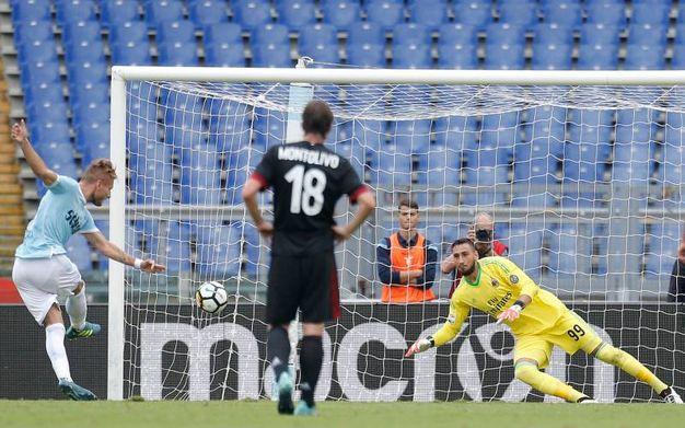 Lazio-Milan 1-0, rig. Immobile (LaPresse)