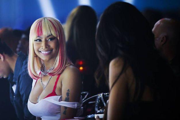 Nicki Minaj assiste alla sfilata (Afp)
