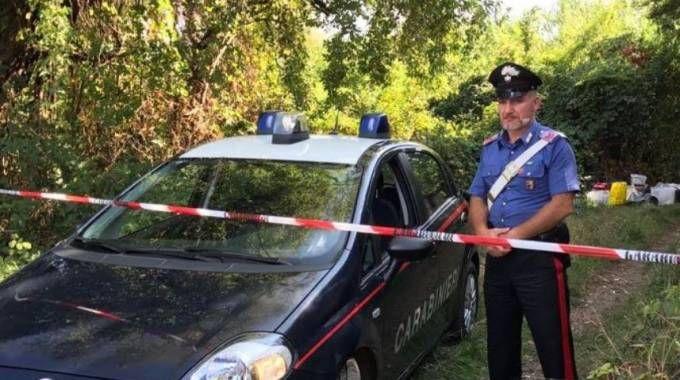 I carabinieri al lavoro nella frazione Serenella