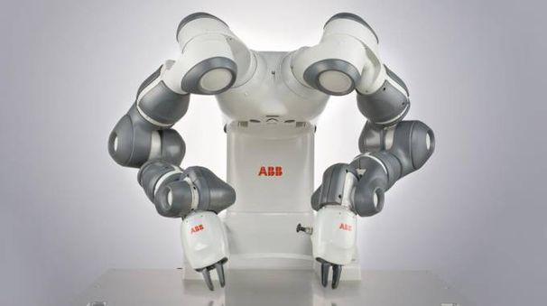 Il robot YuMi