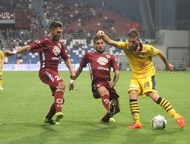 Grande attesa per il derby fra Reggiana e Modena, finito poi 1-0 (foto Artioli)