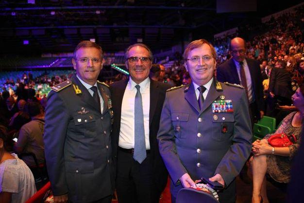 Da sinistra il generale Benedetto Lipari, comandante provinciale della Guardia di Finanza, il questore Alberto Intini e a destra il comandante regionale della Guardia di Finanza generale Michele Carbone