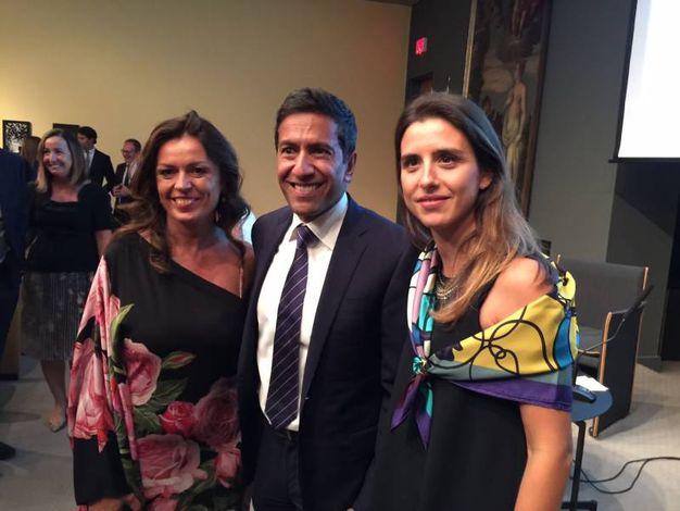Da sinistra, Elisabetta Foschi, il dottor Sanjay Gupta e Marianna Bruscoli