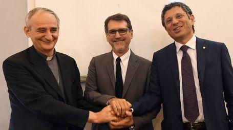 Zuppi, Merola e Ubertini: le istituzioni cittadine presentano la visita di papa Francesco a Bologna (foto Schicchi)