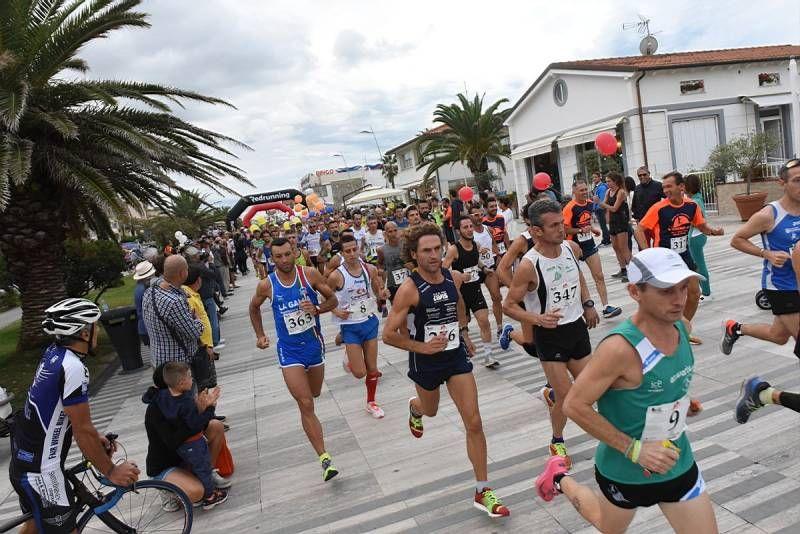 Versilia Half Marathon (foto Regalami un sorriso onlus)