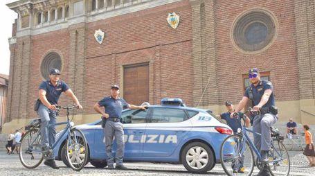 La nuova squadra mobile della polizia pavese in bicicletta