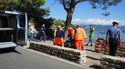 Il corpo di Angelo Bertacchini viene recuperato a Porto Venere (foto Frascatore)