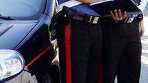 I carabinieri durante i controlli