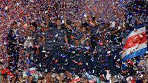 Costa Rica accolto in festa dai tifosi (Afp)
