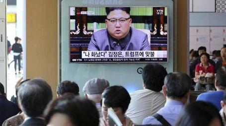 Corea del Nord, un'immagine in tv del leader Kim Jong-un (Ansa)