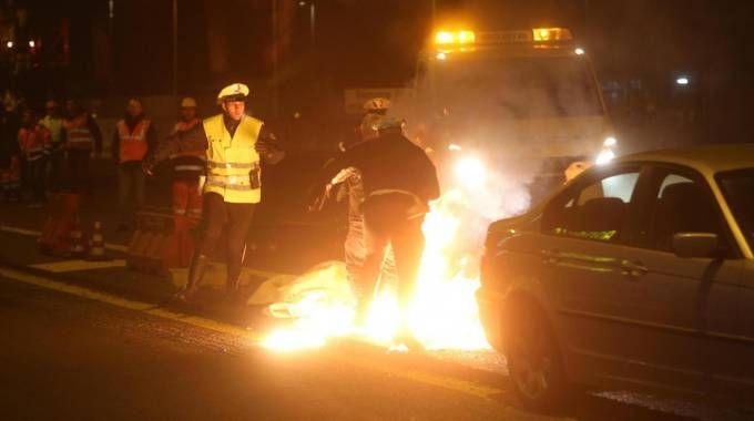 Il barista si diede fuoco per protesta (Radaelli)