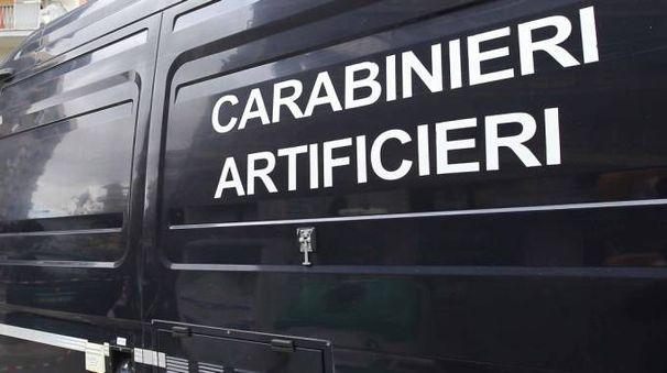 Carabinieri artificieri (Ap/lapresse)