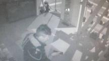 Il ladro nel negozio Sabot
