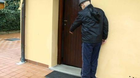 Una porta forzata