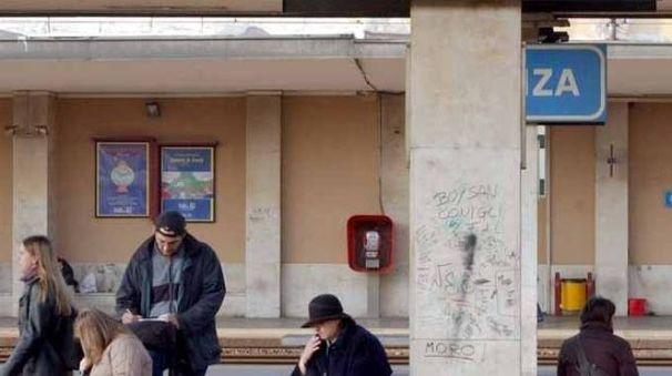 La stazione di Monza (Radaelli)
