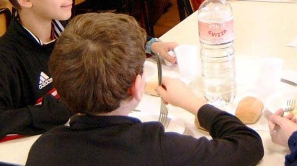 Alcuni parassiti nel pane servito alla mensa della scuola primaria «Paolo Ferrari» (foto d'archivio)