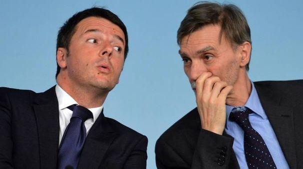 Matteo Renzi e Graziano Delrio (Ansa)