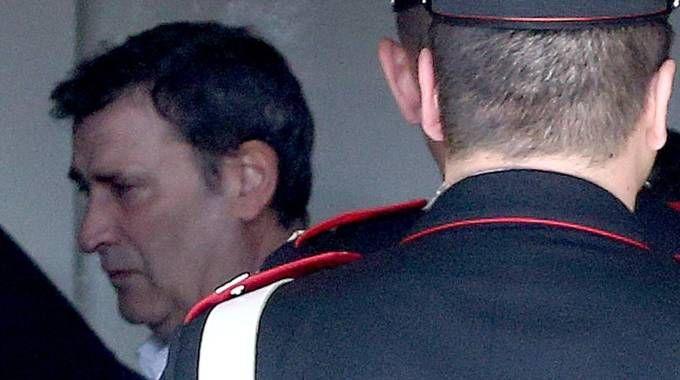 Claudio Giardiello alla stazione dei carabinieri di Vimercate (Ansa)