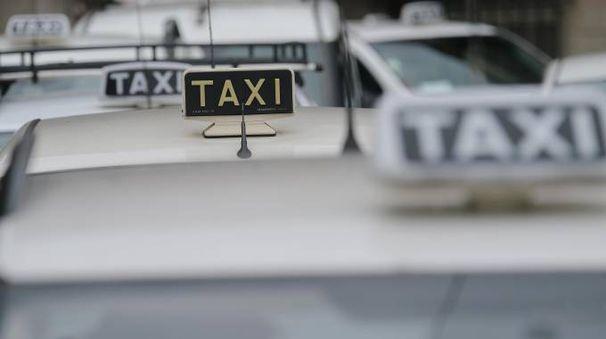 Taxi (Ansa)