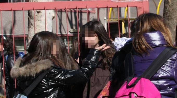 Il bullismo a scuola  è un fenomeno che preoccupa genitori
