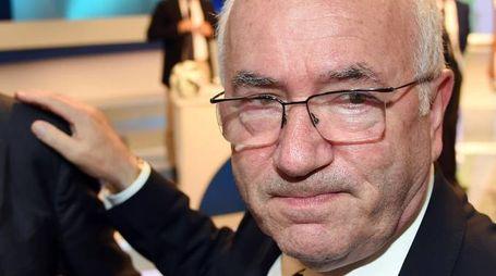 Carlo Tavecchio, candidato alla presidenza della Federcalcio, durante la presentazione del calendario del campionato di calcio Serie A 2014-2015, Milano, il 28 luglio 2014. ANSA/DANIEL DAL ZENNARO