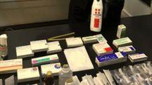 I medicinali su cui l'uomo era riuscito a mettere le mani