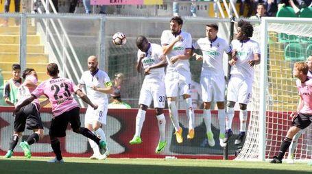 Palermo-Fiorentina, il gol di Diamanti