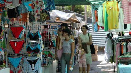 Il mercatino della Partaccia può attirare anche i turisti, non solo i residenti (foto di repertorio)