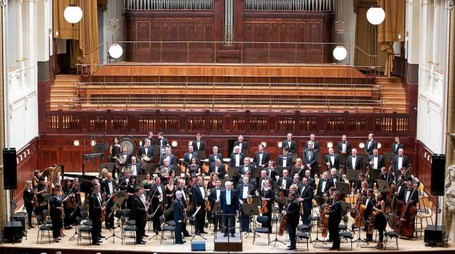 LA CZECH NATIONAL SYMPHONY ORCHESTRA