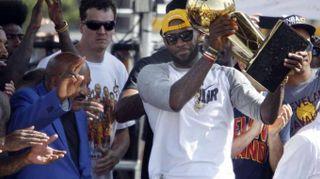 Basket: LeBron James non andrà ai Giochi