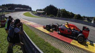 Gp Belgio, Rosberg il più veloce in prime libere, Vettel 5/o