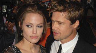 Brad Pitt single, Alitalia sfida Norwegian Air